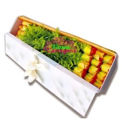 Caja flores naranja