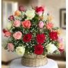 Rosas y flores naranjas